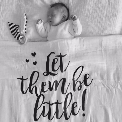 Kindermusthaves - Swaddle: Let them be little