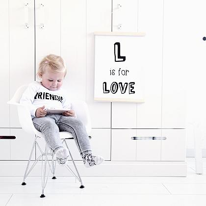 Kindermusthaves - L is for LOVE!