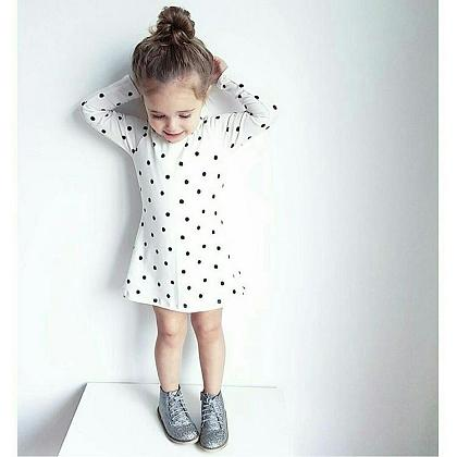 Kindermusthaves - Classy & dots!