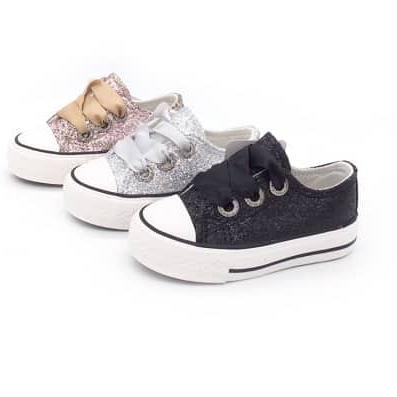 Kindermusthaves - Glitter sneakers!