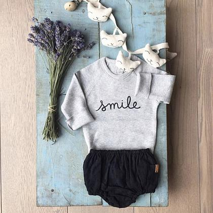 Kindermusthaves - Smile + bloomer!