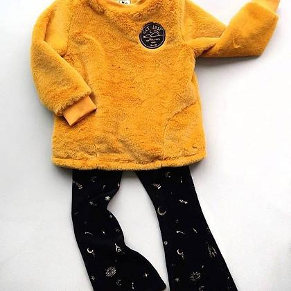 Kindermusthaves - Fur sweater & velvet pants!