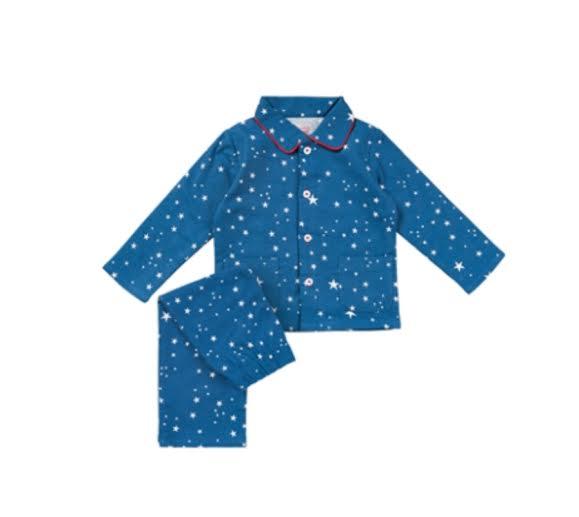 abc06002332 Lekker warme Hema pyjama van flanel voor jongens met sterrenprint.
