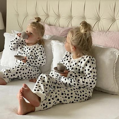 Kindermusthaves - Life is better in pyjamas!