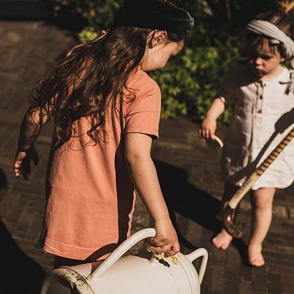 Kindermusthaves - LET'S MEET: Jenest!