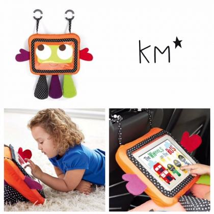 Kindermusthaves - Knuffel en tablethouder tegelijk!