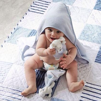 Kindermusthaves - Boys Hooded Bear Towel