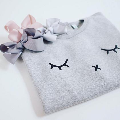 Kindermusthaves - Sleepy eye sweatshirt