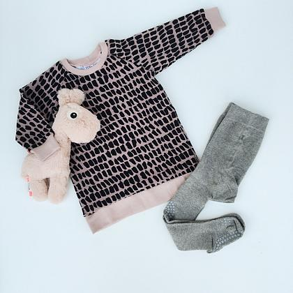 Kindermusthaves - Sweaterjurk met stippen!