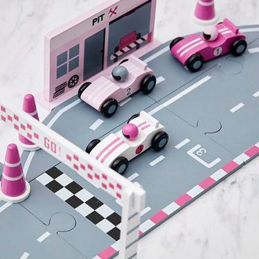 Kindermusthaves - Roze racebaan!