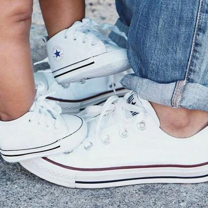Kindermusthaves - Twinning sneakers!