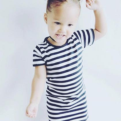 Kindermusthaves - Stripe dress!