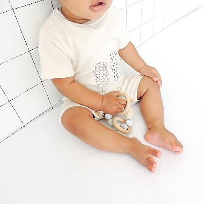 Kindermusthaves - Unisex playsuit!