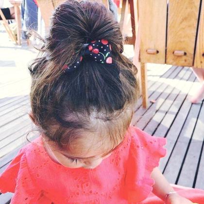 Kindermusthaves - Haarspeldje met kersen!