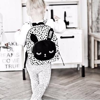 Kindermusthaves - PRE ORDER TIP: Bunny backpack!