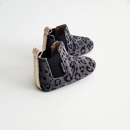 Kindermusthaves - Leopard booties!