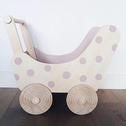 Kindermusthaves - Poppenwagen met dots!