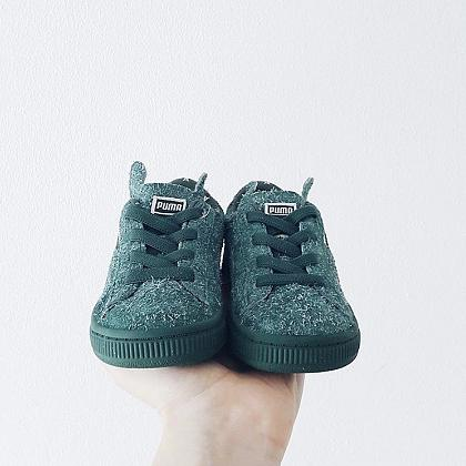 Kindermusthaves - Green sneakers!