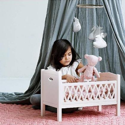 Kindermusthaves - Prachtig poppenbedje!