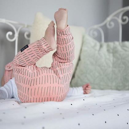 Kindermusthaves - Roze met grijze streepjes!