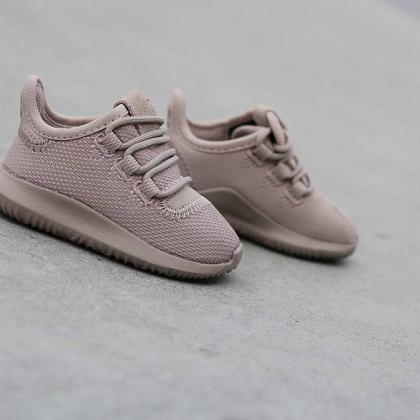 Kindermusthaves - Sneaker alert!