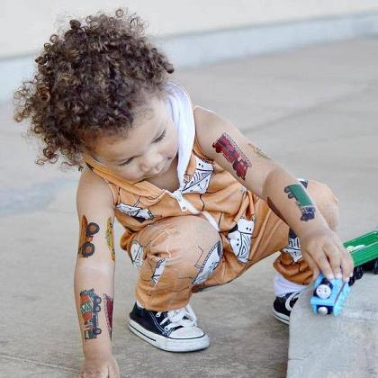 Kindermusthaves - Hippe tattoos!