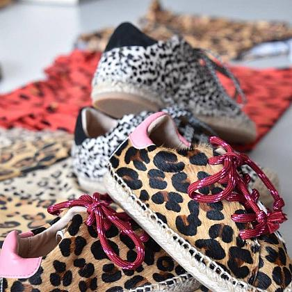 Kindermusthaves - Animal shoes!
