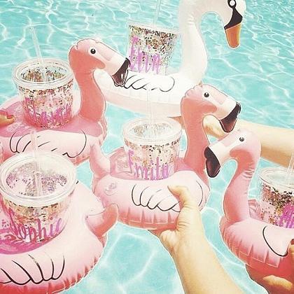 Kindermusthaves - Flamingo bekerhouder!