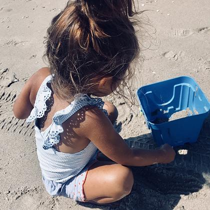 Kindermusthaves - Swimsuit alert!
