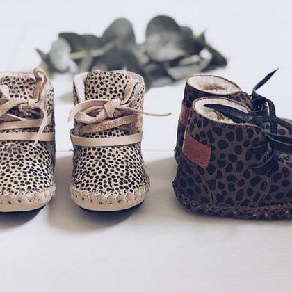 Kindermusthaves - Baja boots!