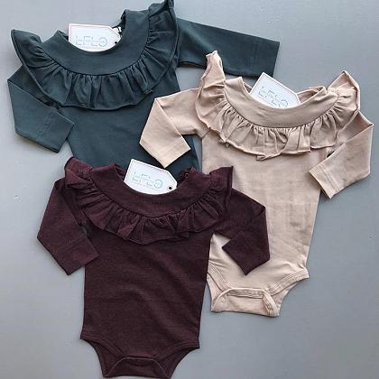 Kindermusthaves - Lovely rompers!