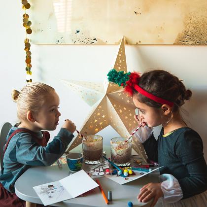Kindermusthaves - TIP: Kerstkaarten maken met je kids voor hét ultieme kerstgevoel!