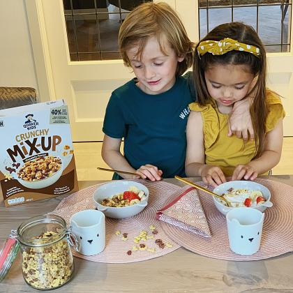 Kindermusthaves - FOOD TIP: Quaker Kids Crunchy Mix-Up!
