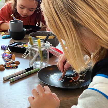 Kindermusthaves - TIP: Kleuren en knutselen met de Edding glansmarkers!