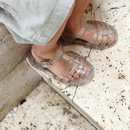 Kindermusthaves - Sandalen met glitters!