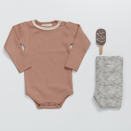 Kindermusthaves - Lieve baby items met rib!