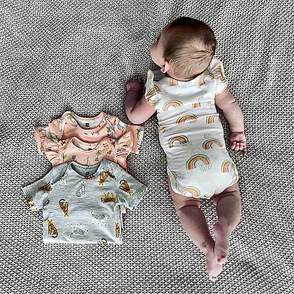 Kindermusthaves - TIP: babykleding 2e halve prijs!