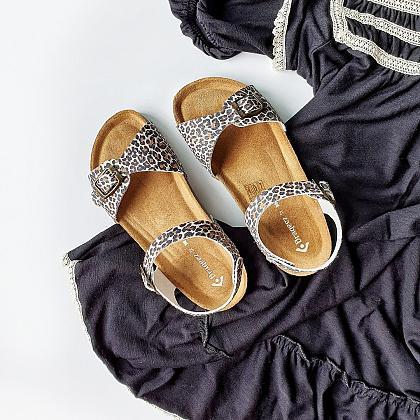 Kindermusthaves - Toffe sandalen met korting!