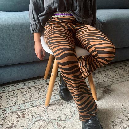 Kindermusthaves - Flared legging met dierenprint!