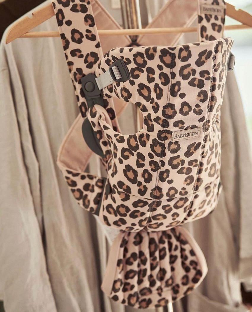 Geweldige draagzak met leopardprint!