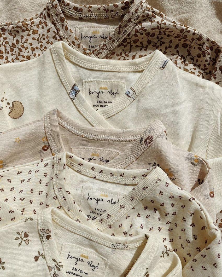 Newborn onesies van Konges Slojd!