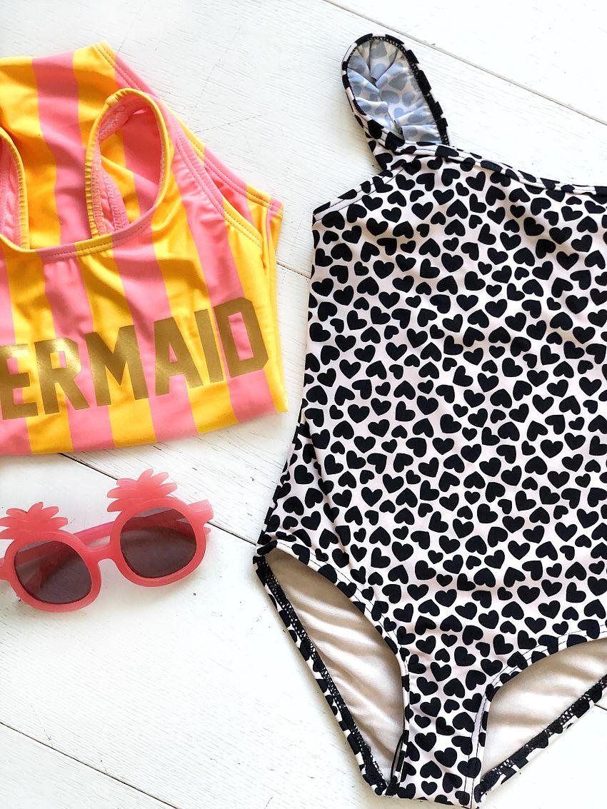 Swimwear alert!