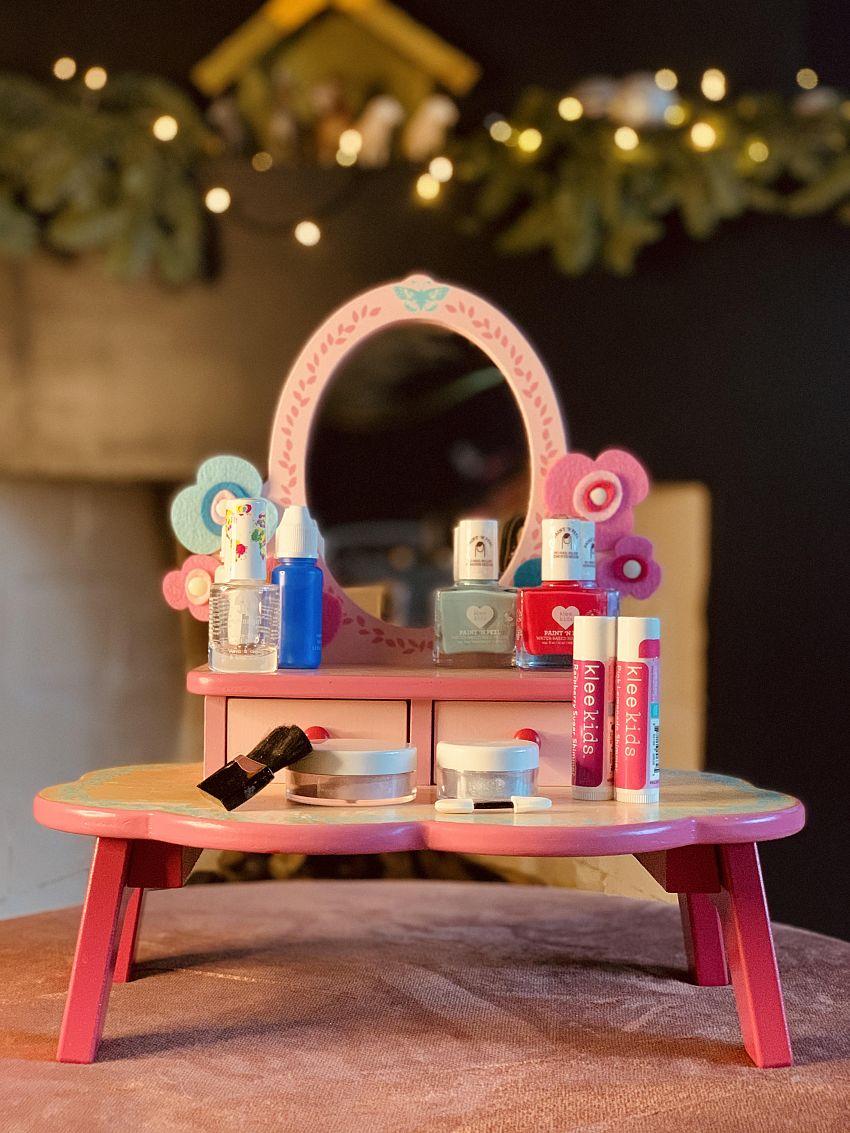 WIN WIN WIN! Een prachtige set Kinder Make-Up!