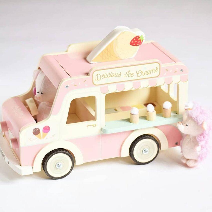 6x origineel houten speelgoed voor onder de kerstboom!