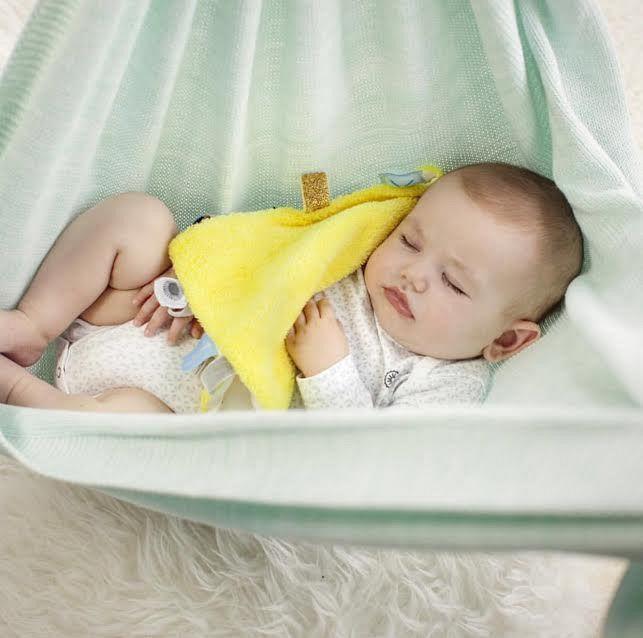 IN THE SPOTLIGHTS: Snoozebaby!
